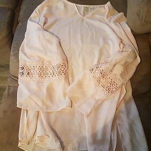 catos 18/20W blush pink blouse detailed sleeves